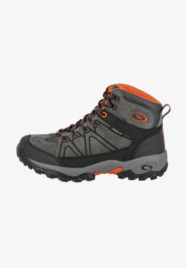 MOUNT CORNWELL - Hiking shoes - grey