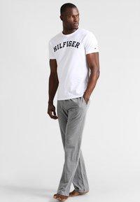Tommy Hilfiger - Maglia del pigiama - white - 1