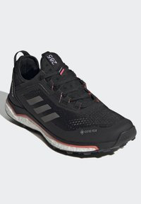 adidas Performance - TERREX AGRAVIC GORE-TEX BOOST TRAIL RUNNING - Løbesko trail - black