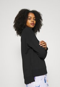 Zign - Slit Sides Oversized Sweatshirt - Sweatshirt - black - 5