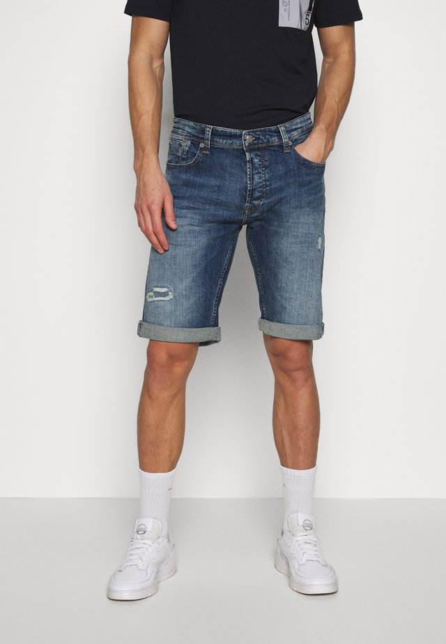 SCOTT - Denim shorts - vintage destroy