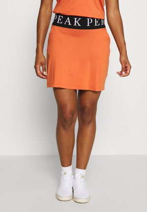 TURF - Sports skirt - clay red