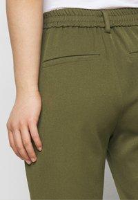 Vero Moda Petite - VMMAYA SOLID PANT - Trousers - ivy green - 3