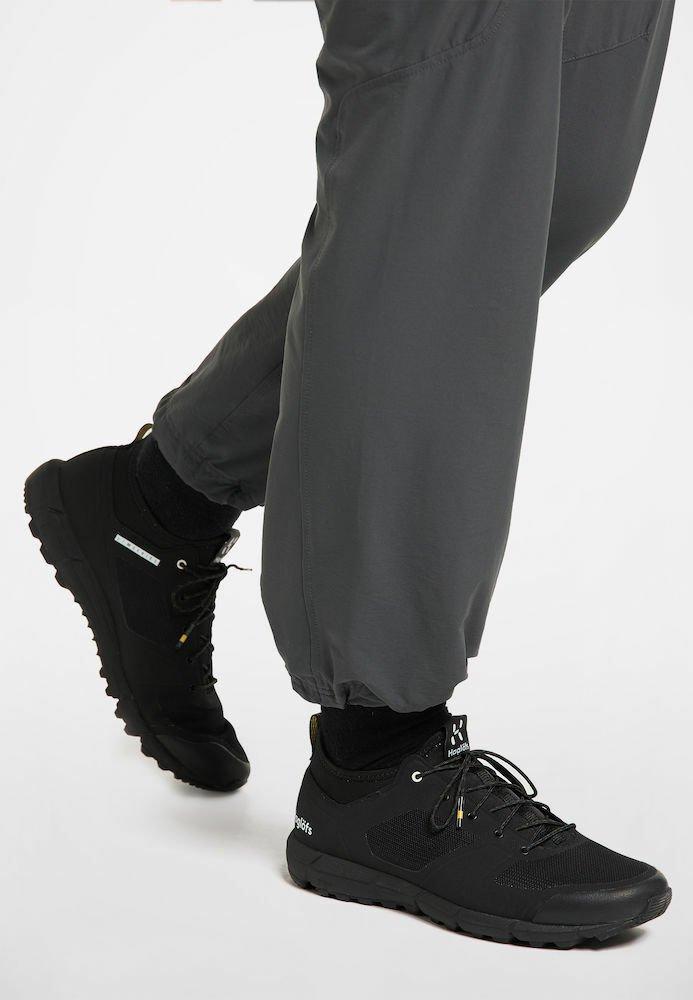 Haglöfs - L.I.M LOW - Trail running shoes - true black