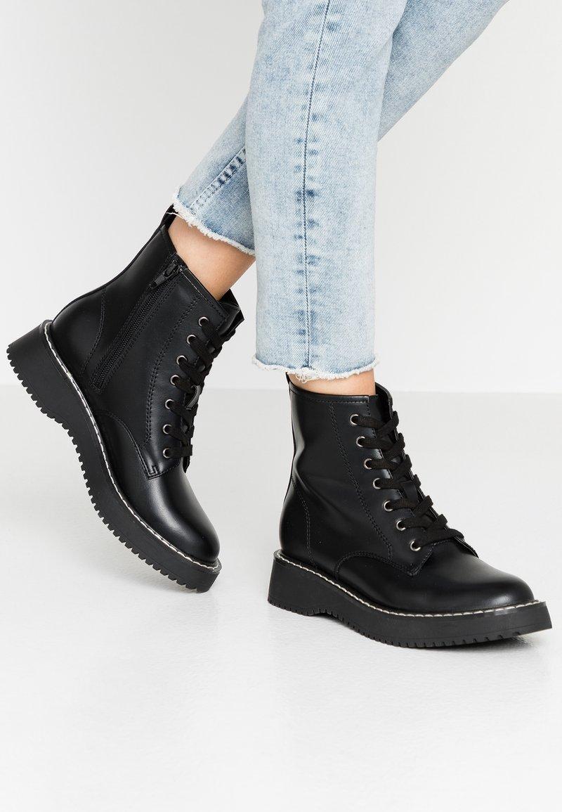 Madden Girl - KURRT - Platform ankle boots - black paris