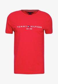 Tommy Hilfiger - LOGO TEE - Print T-shirt - red - 5