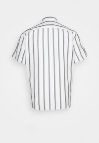 Only & Sons - ONSTRAVIS LIFE STRIPED THIN OXFORD - Shirt - cloud dancer - 1