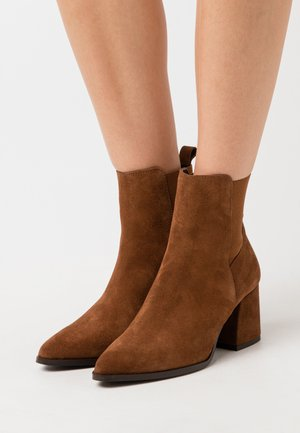 VMJOY BOOT - Classic ankle boots - emperador