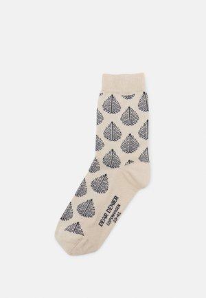 HANNAH BIRCH LEAF - Socks - off white