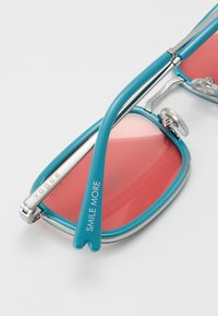 VOGUE Eyewear - Occhiali da sole - blue/pink - 2