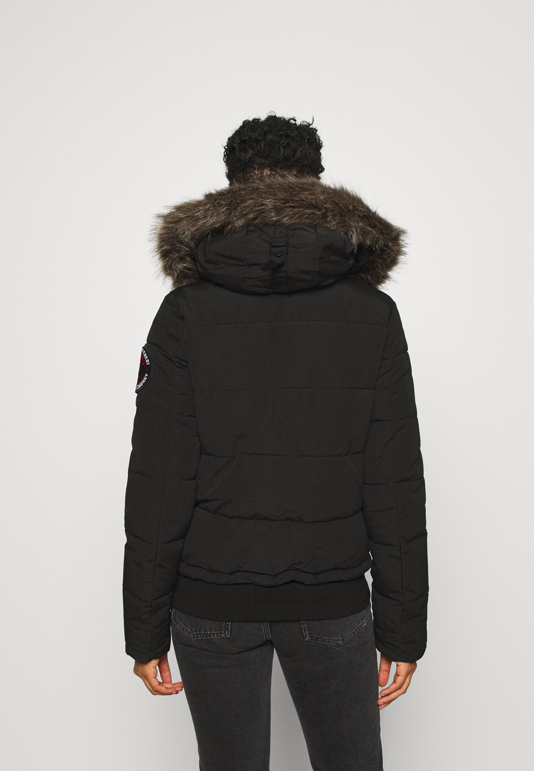 Superdry EVEREST Winterjacke black/schwarz