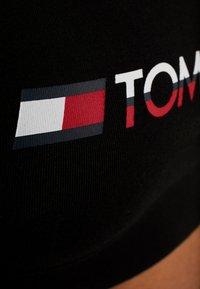 Tommy Hilfiger - BRALETTE - Sport BH - black - 4