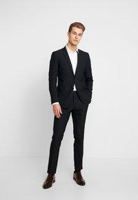 Esprit Collection - FESTIVE  - Garnitur - black - 0
