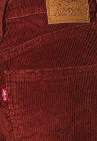 Levi's® - 70S HIGH FLARE - Vaqueros a campana - red - 5