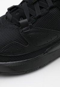 Jordan - AIR CADENCE - Sneakersy niskie - black - 5