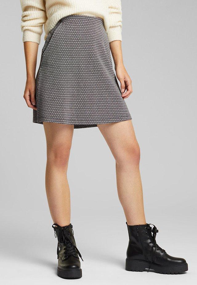 MIT JACQUARD-MUSTER - A-line skirt - black