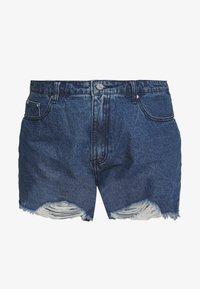 Missguided Plus - EXTREME FRAY HEM RIOT - Shorts di jeans - indigo - 3