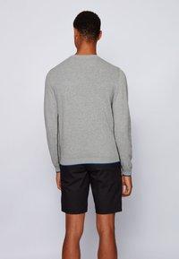 BOSS - RISTON - Strickpullover - light grey - 2