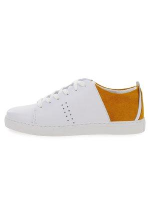RENEE  - Sneakers basse - white orange