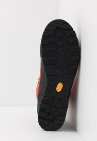 Mammut - KENTO GUIDE HIGH  - Mountain shoes - spicy/black - 4