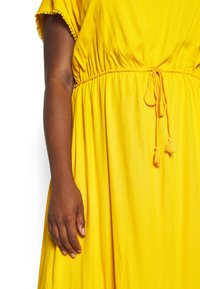 MY TRUE ME TOM TAILOR - DOBBY DRESS - Sukienka letnia - deep golden yellow - 5