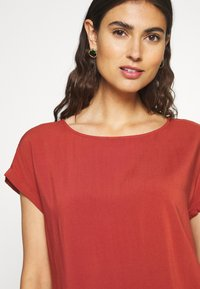 TOM TAILOR DENIM - WITH BACK DETAIL - Blouse - rust orange - 4