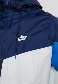 Nike Sportswear - Summer jacket - summit white/midnight navy/battle blue - 5