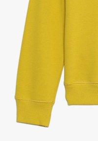 Benetton - Sweatshirts - yellow - 2