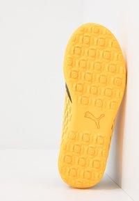 Puma - FUTURE 5.4 TT JR UNISEX - Astro turf trainers - ultra yellow/black - 5