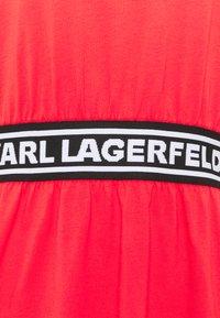 KARL LAGERFELD - LOGO TAPE DRESS - Sukienka z dżerseju - tangerine - 6