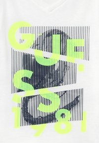 Guess - JUNIOR - Print T-shirt - blanc pur - 3
