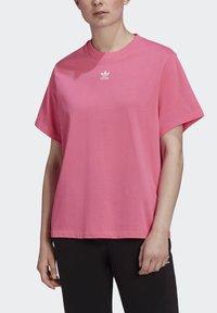 adidas Originals - T-SHIRT - Print T-shirt - sesopk - 4