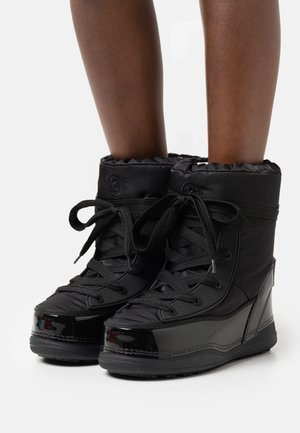 LA PLAGNE - Winter boots - black