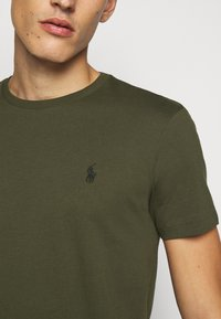 Polo Ralph Lauren - T-shirts basic - company olive - 6