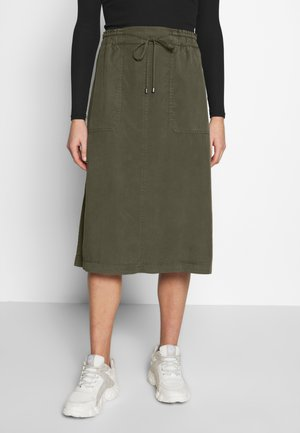SKIRT STRAIGHT SHAPE SIDE SLITS - Spódnica trapezowa - soaked moss