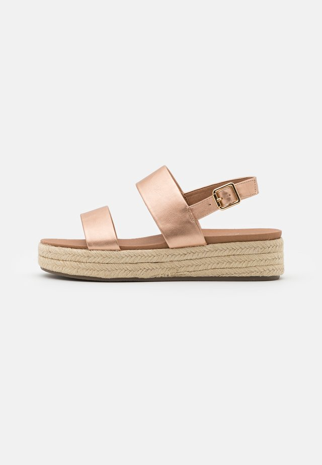 CUTE FLATFORM - Alpargatas - rose gold