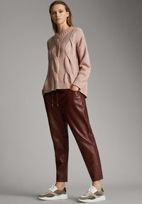 Massimo Dutti - Leather trousers - bordeaux - 1