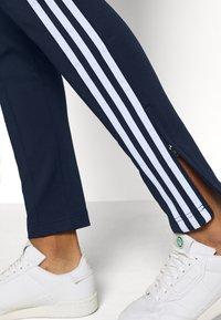 adidas Originals - PANTS - Tracksuit bottoms - collegiate navy/white - 5