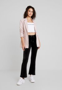 Gina Tricot - CECILIA TROUSERS - Tracksuit bottoms - black - 2