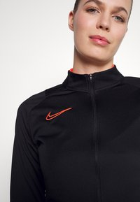 Nike Performance - ACADEMY 21 TRACKSUIT - Tracksuit - black/bright crimson - 5