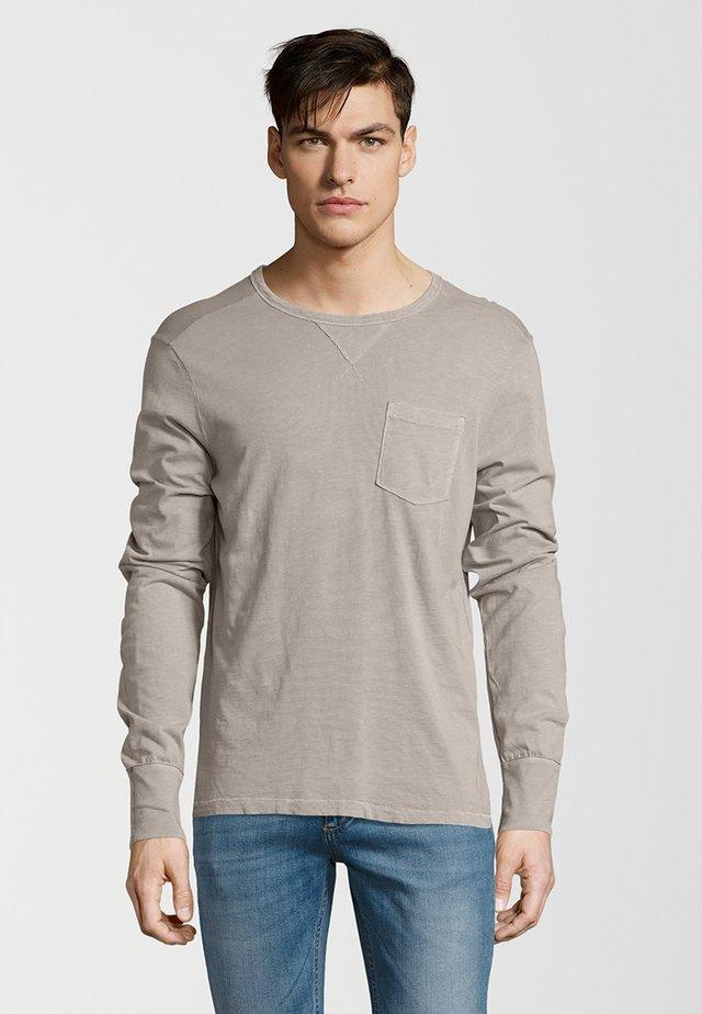 Long sleeved top - nickel