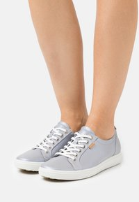 ECCO - SOFT - Baskets basses - silver grey metallic - 0