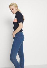 HUGO - CHARLIE CROPPED - Jeans Skinny Fit - light/pastel blue - 3