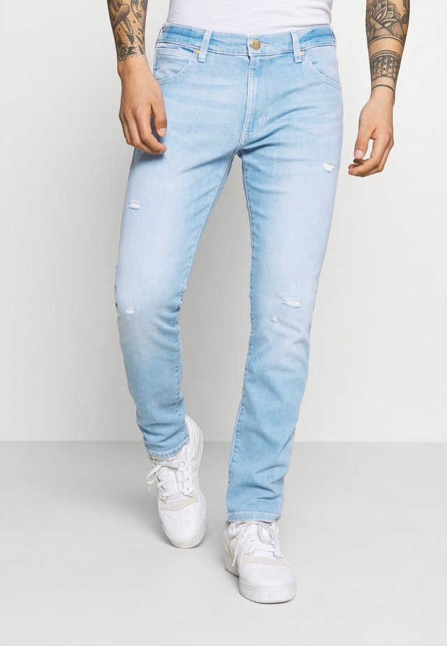 LARSTON - Jeans slim fit - hot shot