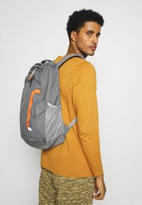The North Face - VAULT UNISEX - Zaino - grey - 0