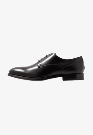 KING 5 EYE DERBY - Stringate eleganti - black