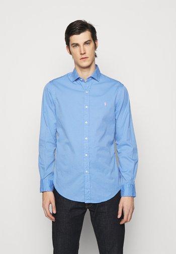 Formal shirt - cabana blue