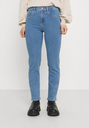 ONLRAIN LIFE - Slim fit jeans - light blue denim
