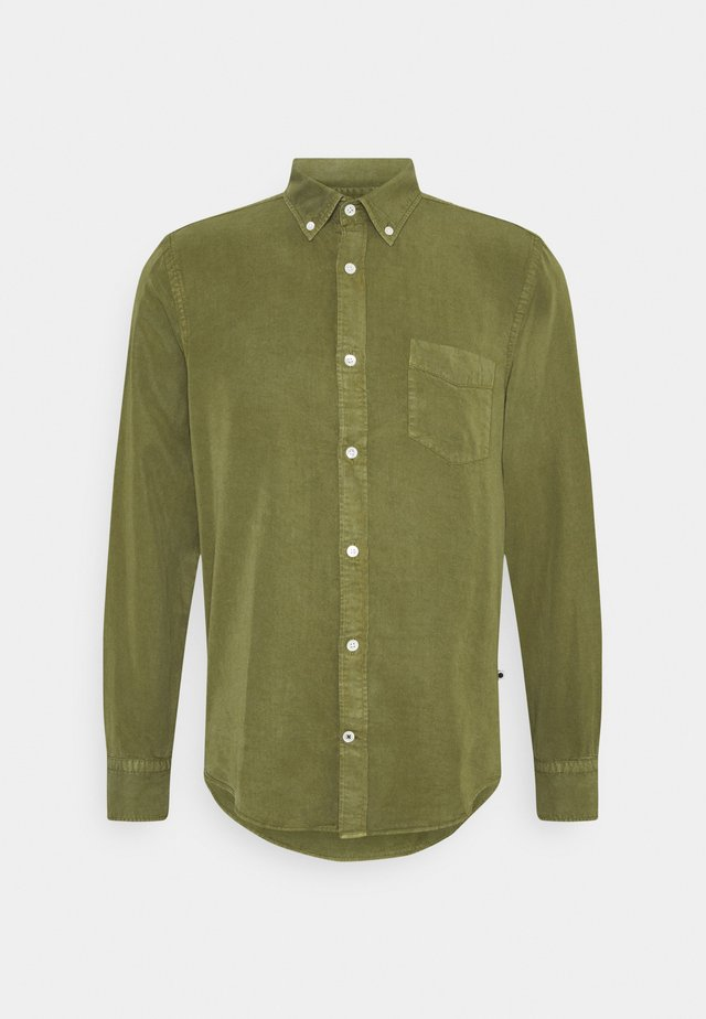 MANZA SLIM - Camicia - leaf green