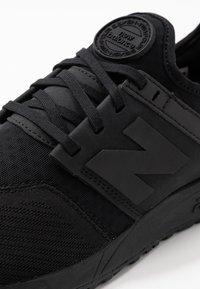 New Balance - MRL247 - Sneakers laag - black - 5